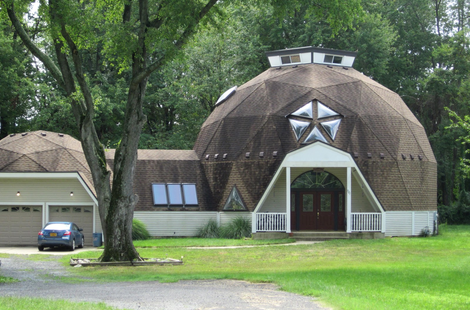 The Annandale Blog Wow Houses A Dome In Annandale Acres