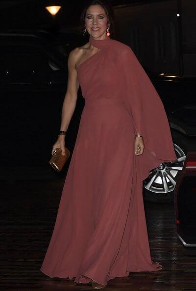 Crown Princess Mary wore a new bespoke gown by Danish fashion designer Soeren le Schmidt. Danish singer Jada, Emilie Molsted