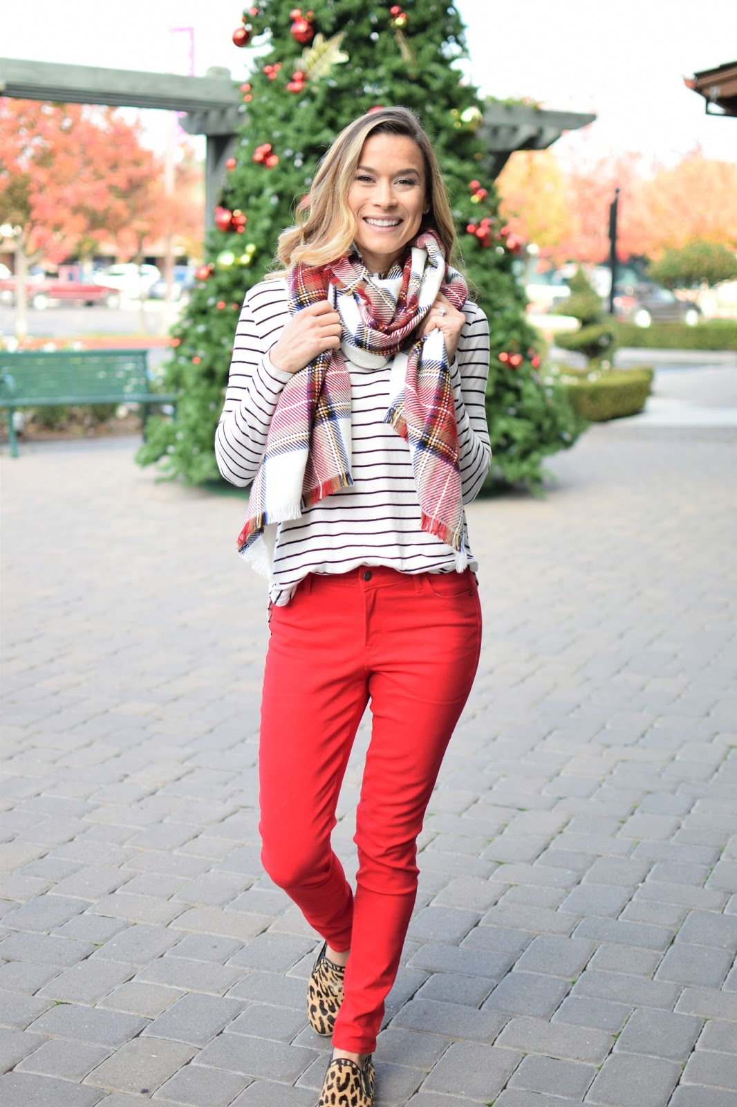 Wear to what with red jeans fall