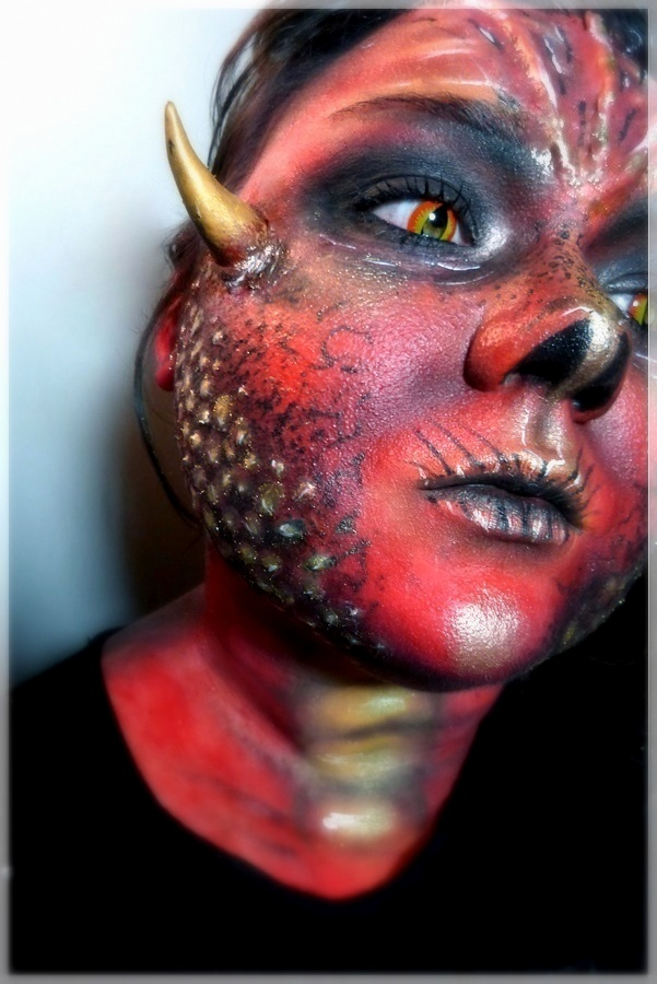 Harry Potter Drachen Make-up Look