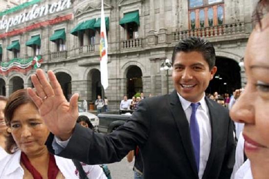 Diputados van contra Eduardo Rivera