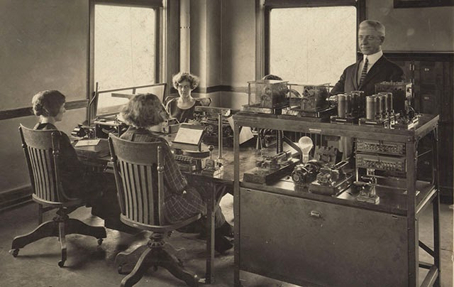 Images Of Old Fashioned Offices