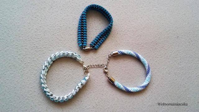 Bransoletki niebiesko – błękitno  – białe