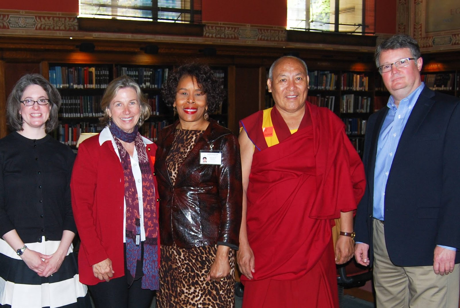 photo of Ven. Geshe Lhakdor and BPL staff
