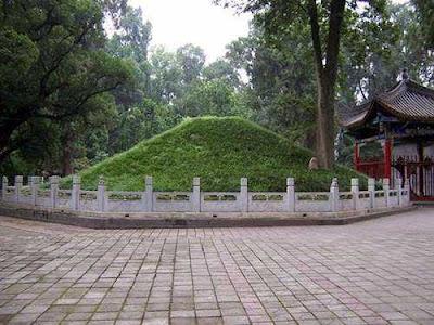 Tìm hiểu bí ẩn lăng mộ Khỏng Minh