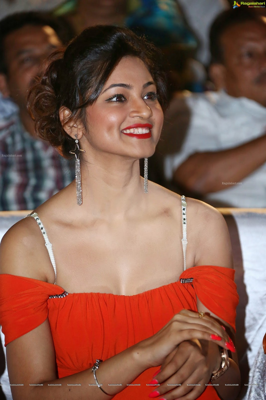 Shilpi Sharma Hot Stills (65)
