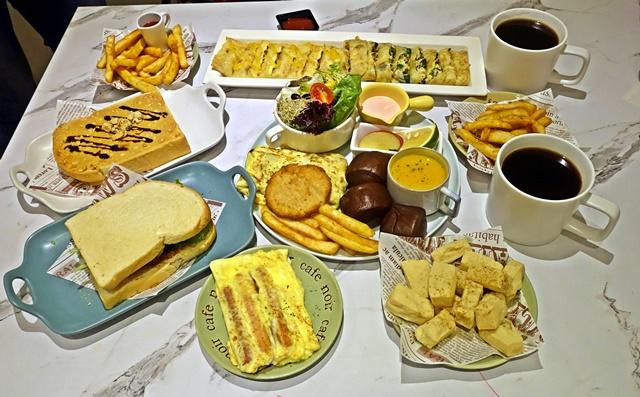 手在餐桌~新莊蔬食早午餐、義大利麵、下午茶