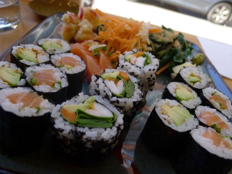 Le rose et le noir: Motchiya: un petit resto japonais ...