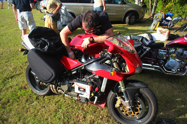 Jason Cormier working on the Ducati 916