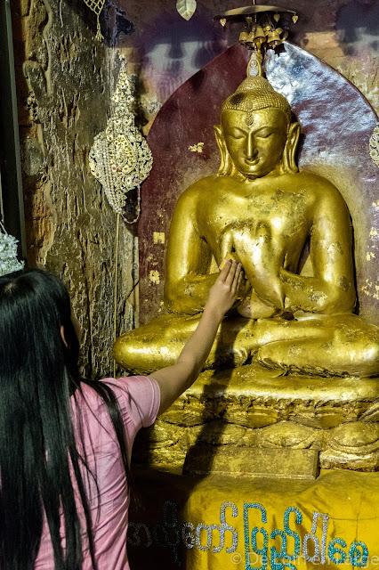 Alo-Daw-Pyi temple - Bagan - Myanmar - Birmanie