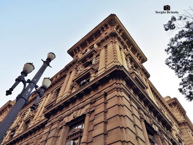Foto composição com detalhes da fachada do Palácio da Justiça de São Paulo - Sé - São Paulo