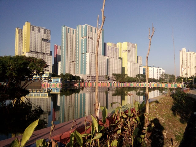 Danau Sunter, Kampung Warna-Warni dan Wisma Atlit Asian Games Memanjakan Mata