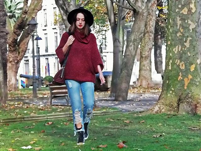 fashion, moda, look, outfit, blog, blogger, walking, penny, lane, streetstyle, style, estilo, trendy, rock, boho, chic, cool, casual, ropa, cloth, garment, inspiration, fashionblogger, art, photo, photograph, Avilés, oviedo, gijón, asturias, sweater, bimbaylola, gorra, sombrero, hat, cap,jeans, vaqueros,