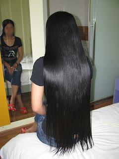 Rambut hitam panjang