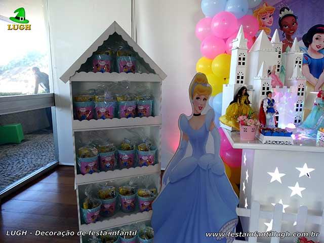 Mesa decorada Princesa Disney - Aniversário infantil