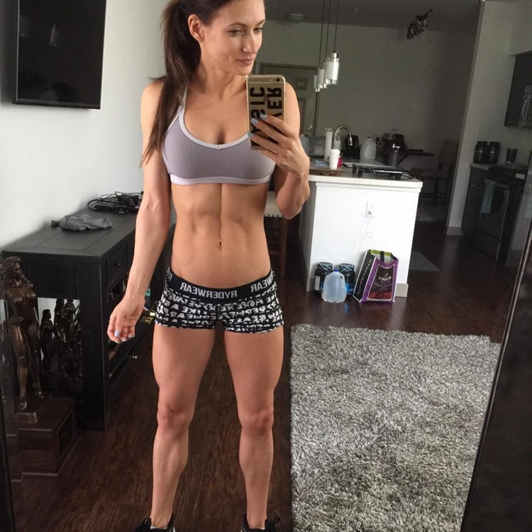 Alyssa Germeroth, female fitness model 0004
