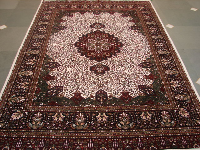 Silk Rugs in traditional designs