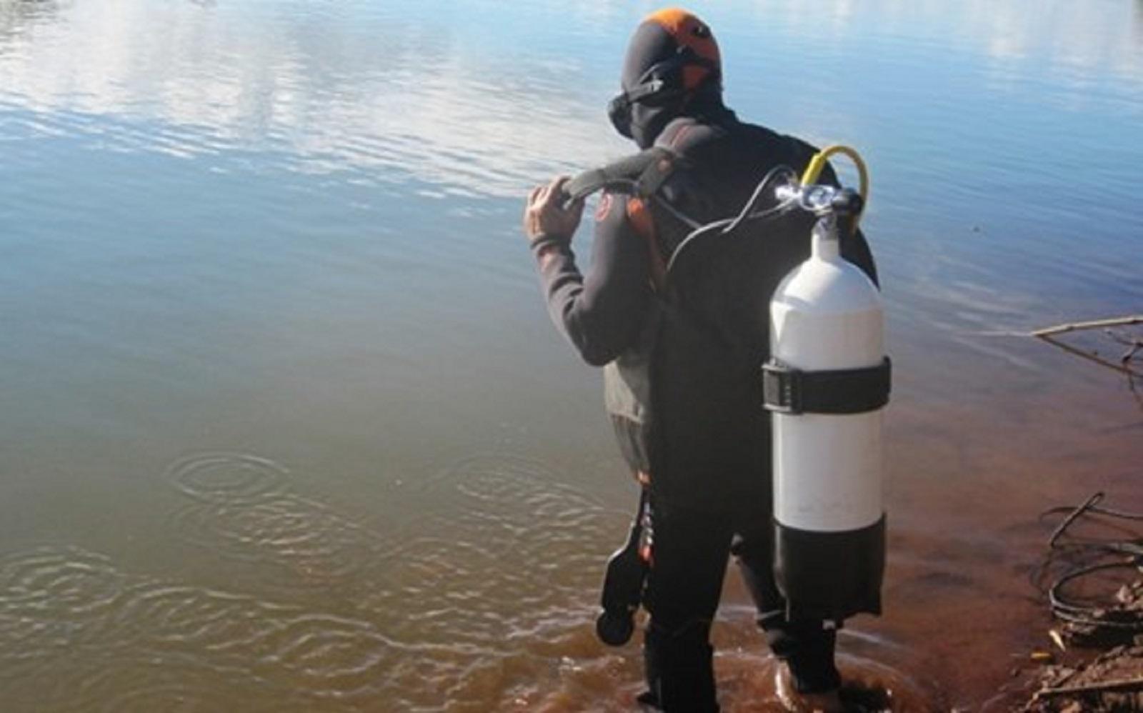 Gia Lai: Cứu bạn ngã xuống hồ, một học sinh chết đuối