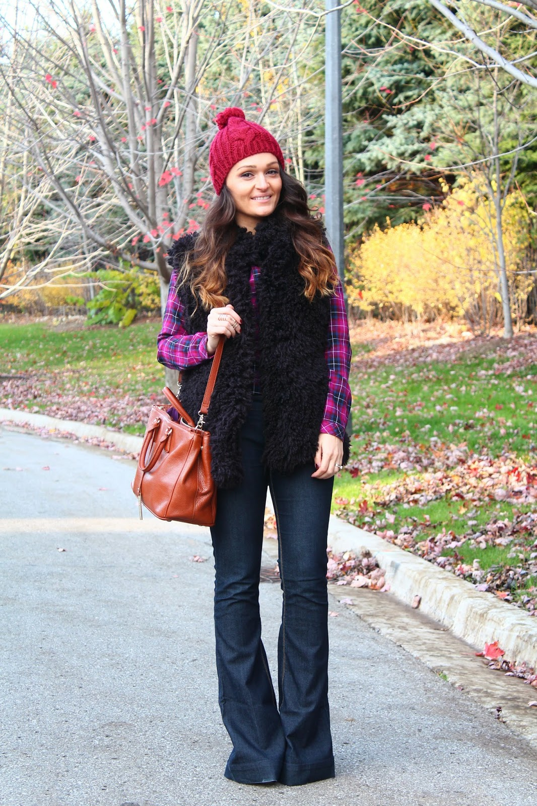 Vest Flared Jeans For A 70s Inspired Casual Outfit