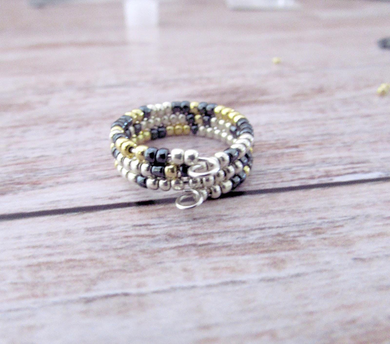 Raziela Designs: Make It Monday DIY: Whimsical Memory Wire Ring ...