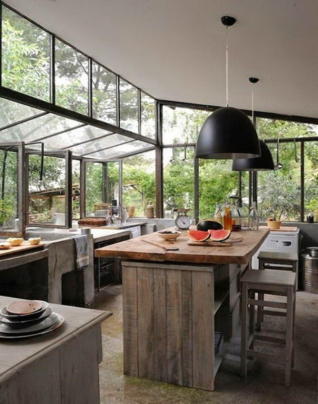25 ideas para una cocina de estilo industrial cocinas for Cocinas de patio rusticas