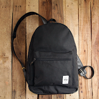 https://store.yukbisnis.com/photo/tas-laptop-taylor-fine-goods-backpack-402-black-l1.png