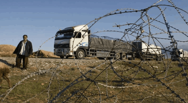 Israel melarang masuknya bahan bakar dan gas ke Jalur Gaza