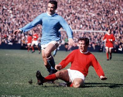 1414363538383_wps_24_Football_1960_s_Man