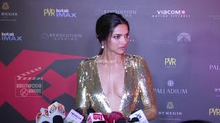 Deepika Padukone Promoting   Return of Xander Cage in India in Golde Gown 52 .xyz.jpg