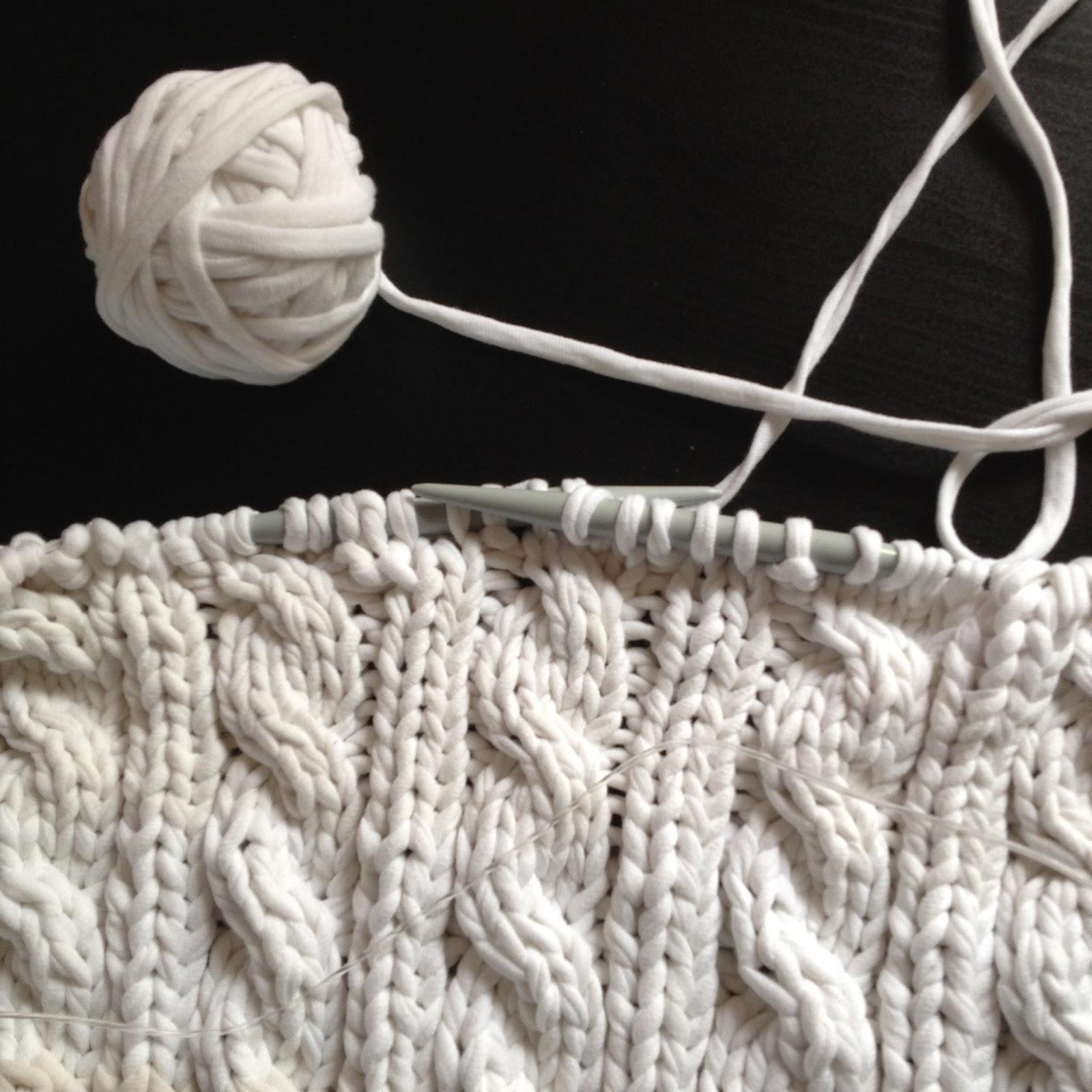 Blue Jacaranda by Linda Robertus: How to make continous t ...