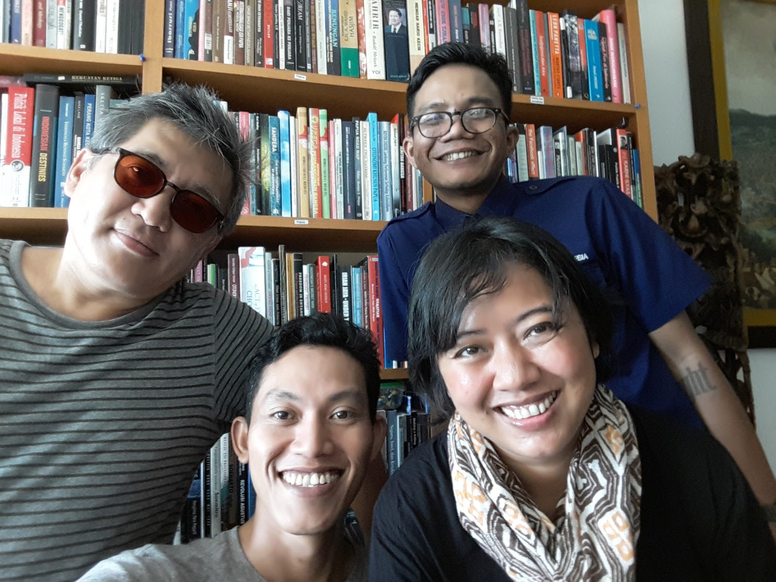Fahri Salam the editor of Pindai as well as Benny Satryo of Media Indonesia daily and Endang Prihatin of Metro TV visited me at home