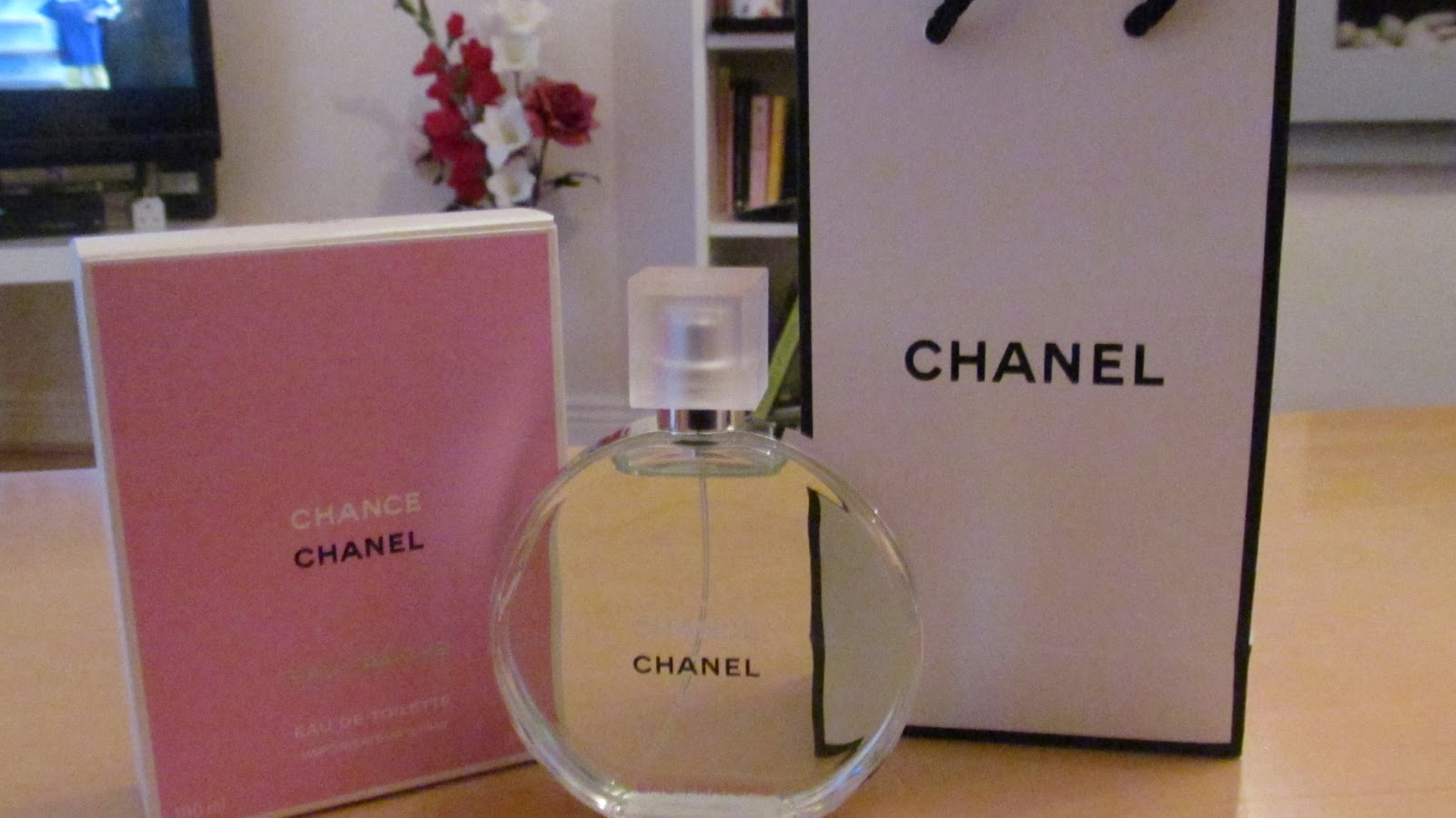 fragrance friday my lucky scent chanel 39 chance 39 eau. Black Bedroom Furniture Sets. Home Design Ideas