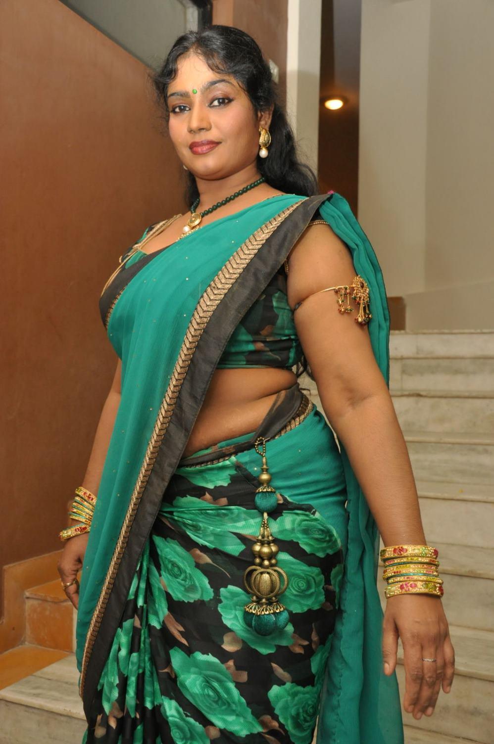 Mallu b grade actress nude bathing scene - 3 6