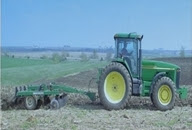الجرارات والآلات الزراعية PDF