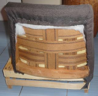 tapicerowanie starego fotela