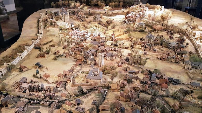 館內中世紀的互動城市模型