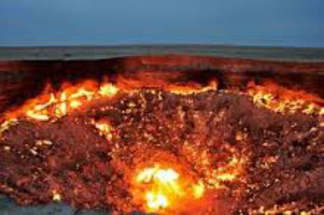 """تعرف علي """" الحريق الذى لم يطفئ منذ أربعة واربعين عام تقريبا"""" الذي يدعي بوابة جهنم"""