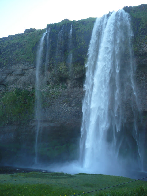 cascata Seljalandsfoss