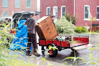 Moving house in the rain