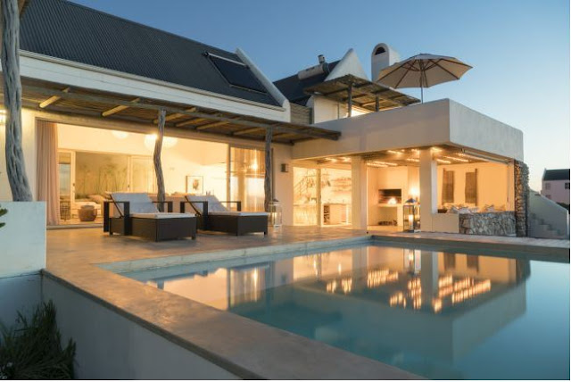 http://www.perfecthideaways.co.za/Details/Casa-Blu?Itemid=