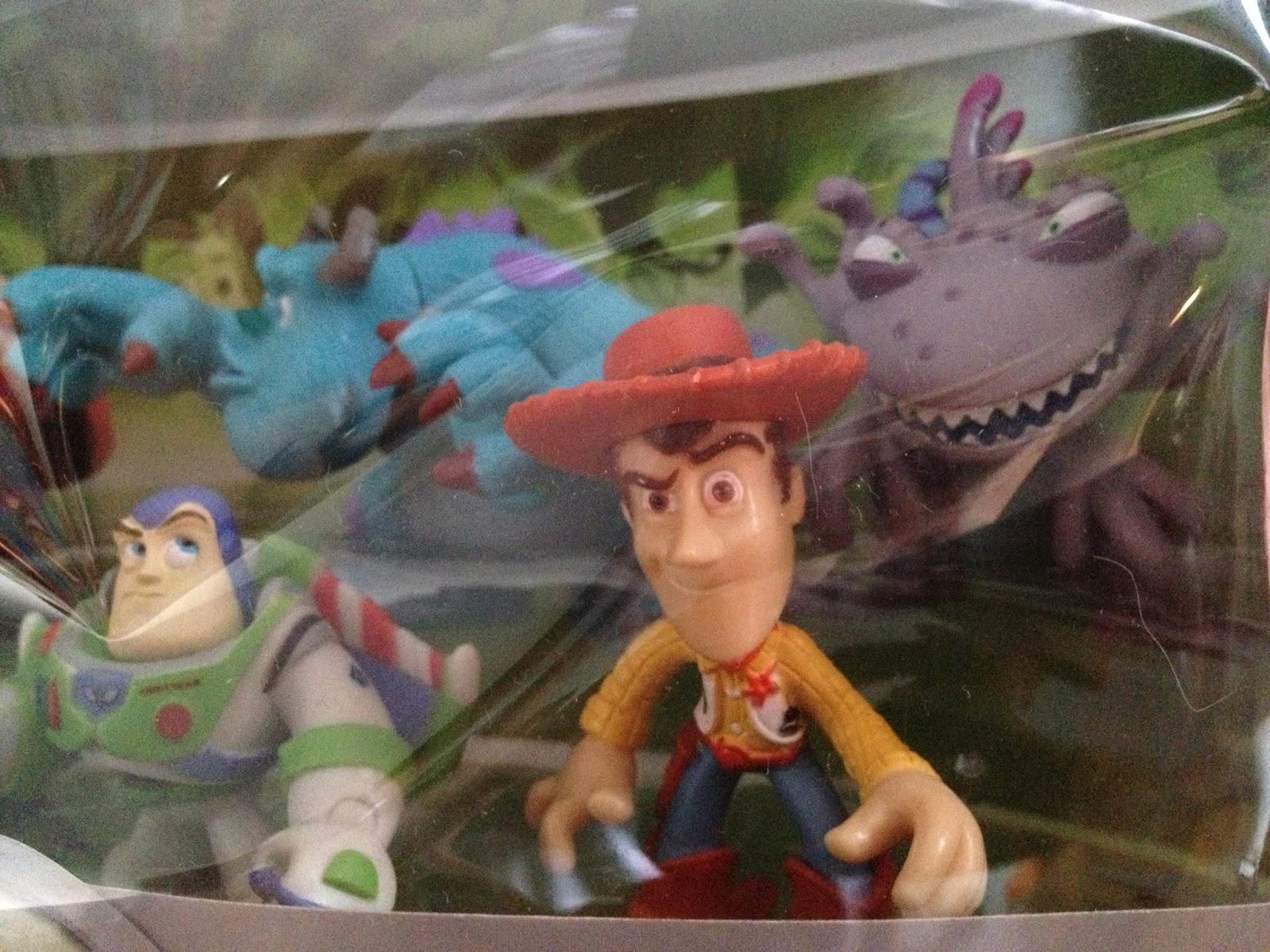 disney parks disney heroes pixar figure set