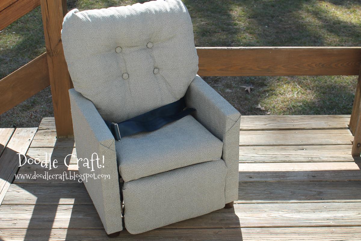 Mini Reclining Chair REDO
