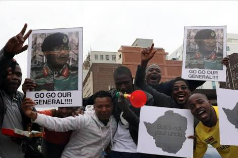 protesters-outside-mugabe-office-to-force-him-out