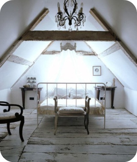 Shabby Chic Master Bedroom: Shabby Chic Lofts And Attics