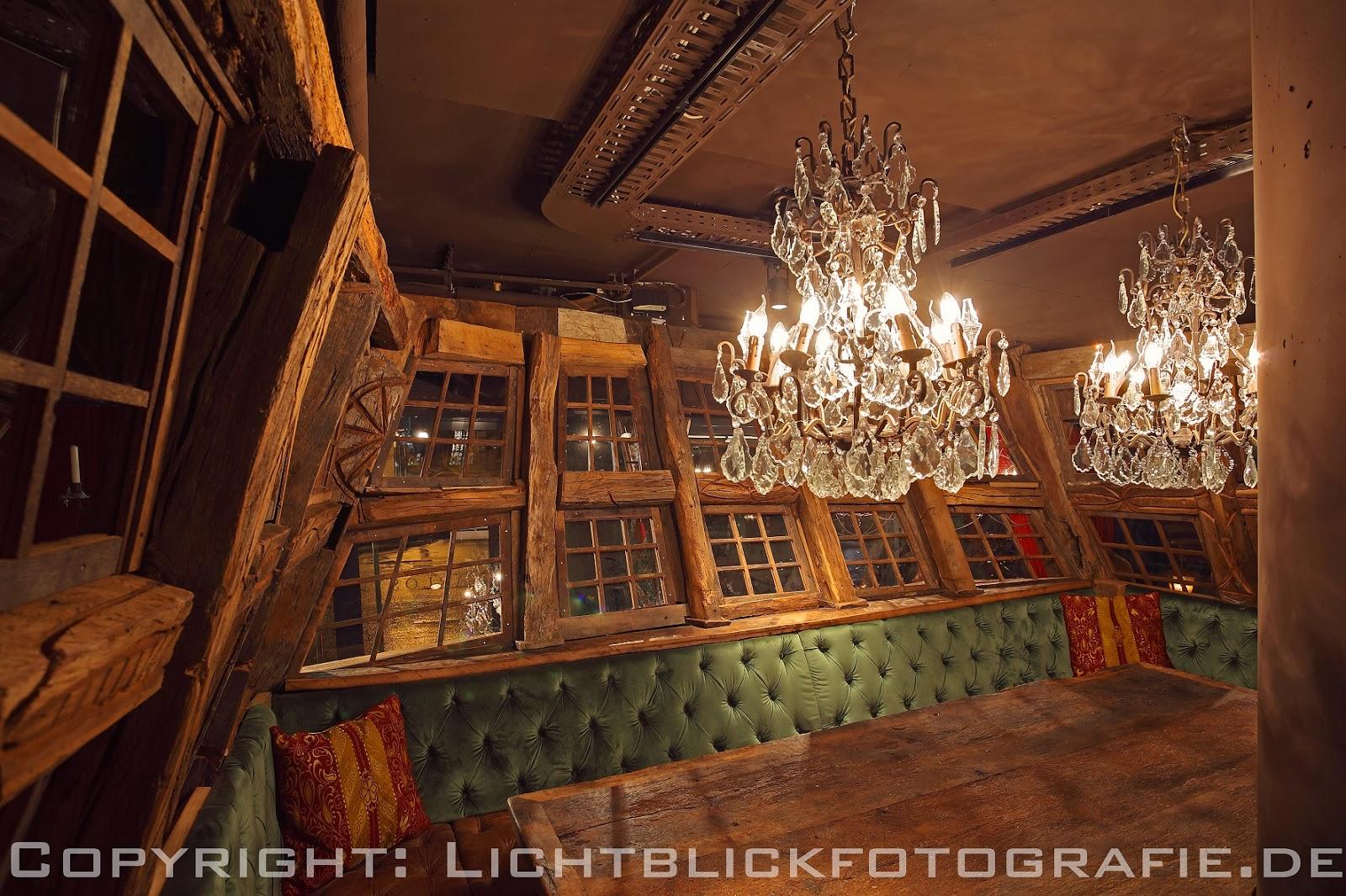 restaurant carlos. Black Bedroom Furniture Sets. Home Design Ideas
