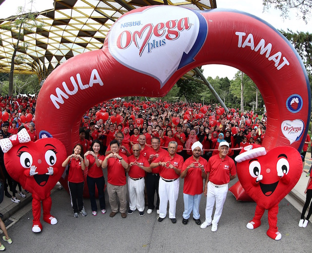 15th NESTLE OMEGA PLUS Walk-A-Mile 2016 - #SaveAHeart Today