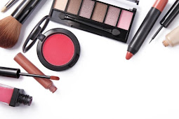 Tips Pemakaian Alat Make Up Pemula