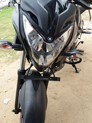 New 2017 Bajaj Pulsar NS160 Front Headlight Hd Image