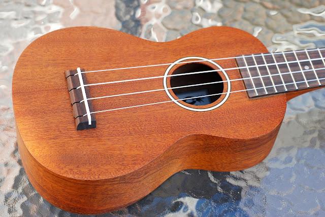 Ohana SK-25 soprano ukulele body