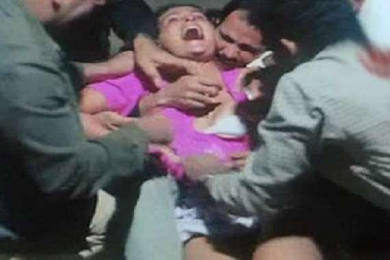 """قليبية: """"4 كلوشارات"""" يتداولون على فتاة في الطريق العام بعد أن تم إفتكاكها من خطيبها !"""
